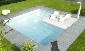 Plunge pool with deck