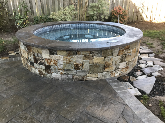 Round DIY hot tub